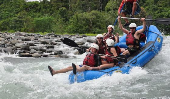 https://costaricawaterfalltours.com/wp-content/uploads/2015/10/DSC01032-559x327.jpg