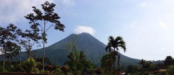 https://costaricawaterfalltours.com/wp-content/uploads/2015/10/IMG_06151-600x258-600x258.jpg