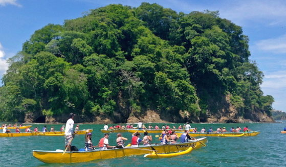 https://costaricawaterfalltours.com/wp-content/uploads/2015/10/gentede06good2-559x327.jpg